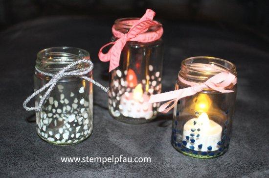 Teelichter mit Nagellack und Marmeladengläser gestaltet